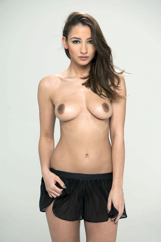 Topless Pics Of Nicola Pa...