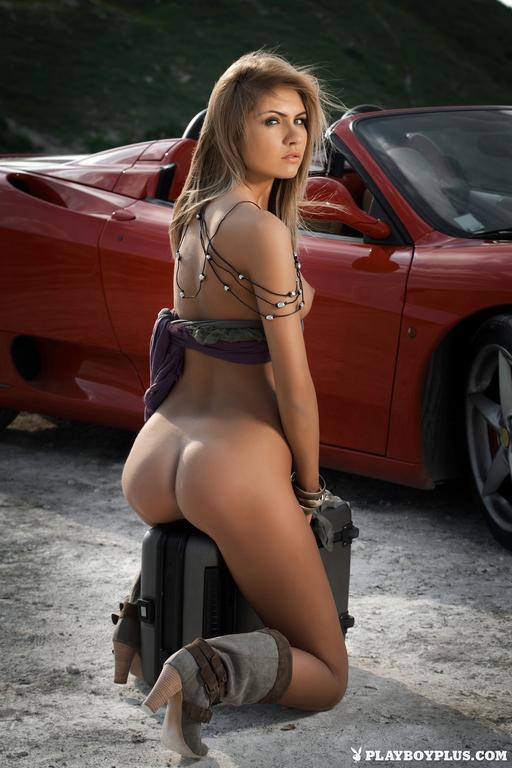 Nicoleta Macarencu Naked ...