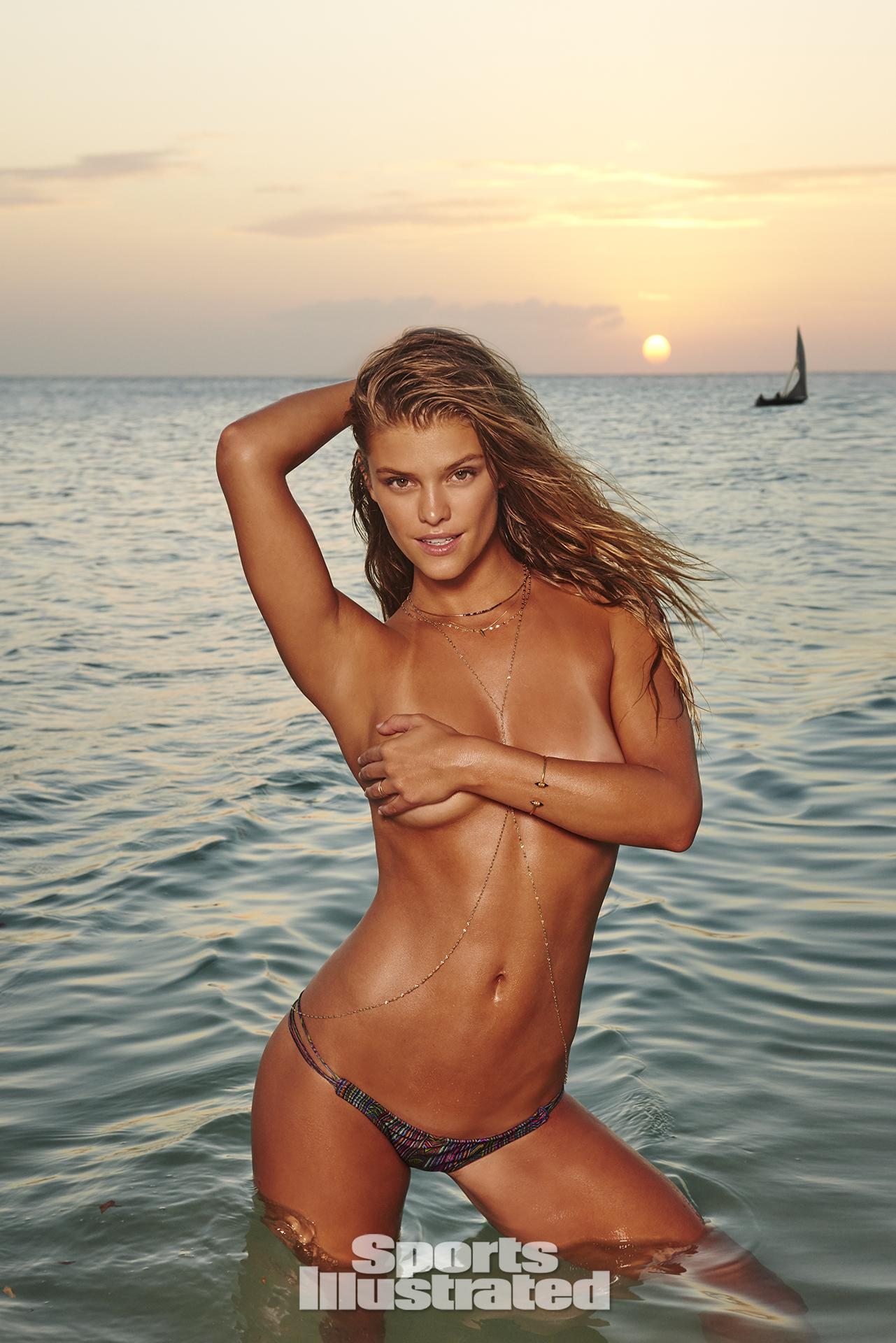 Nina Agdal Nude Photos