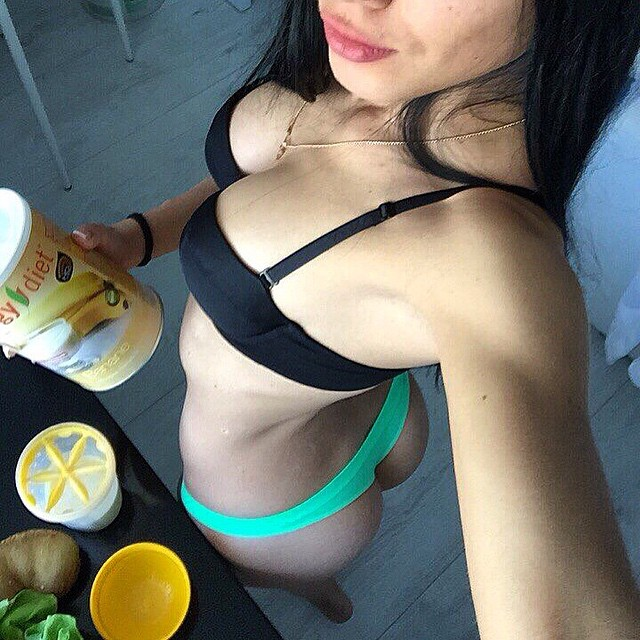 Nina Serebrova Sexy Selfi...