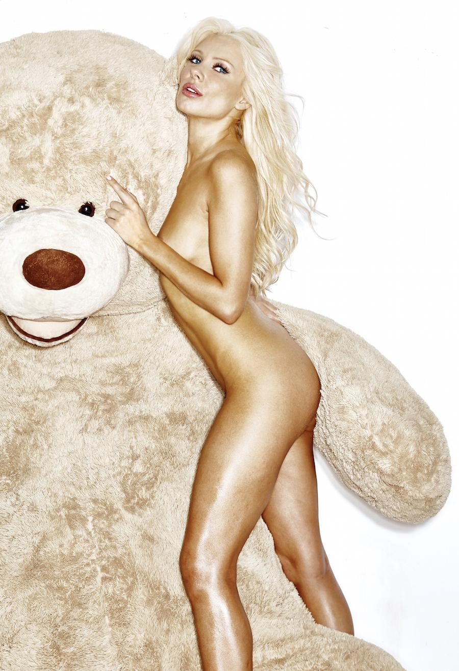 Nude Anya Benton