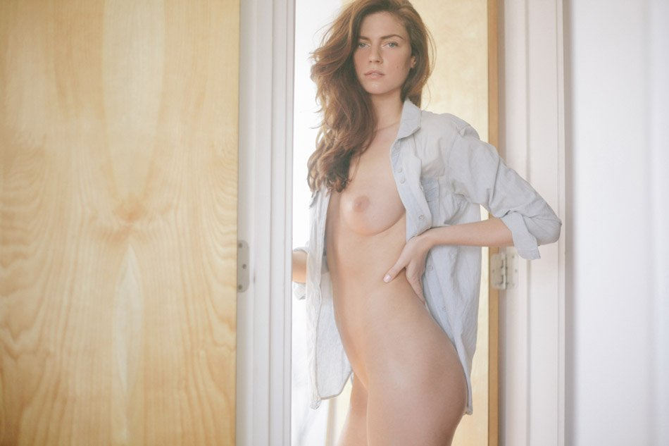 Nude Cameron Davis Photos