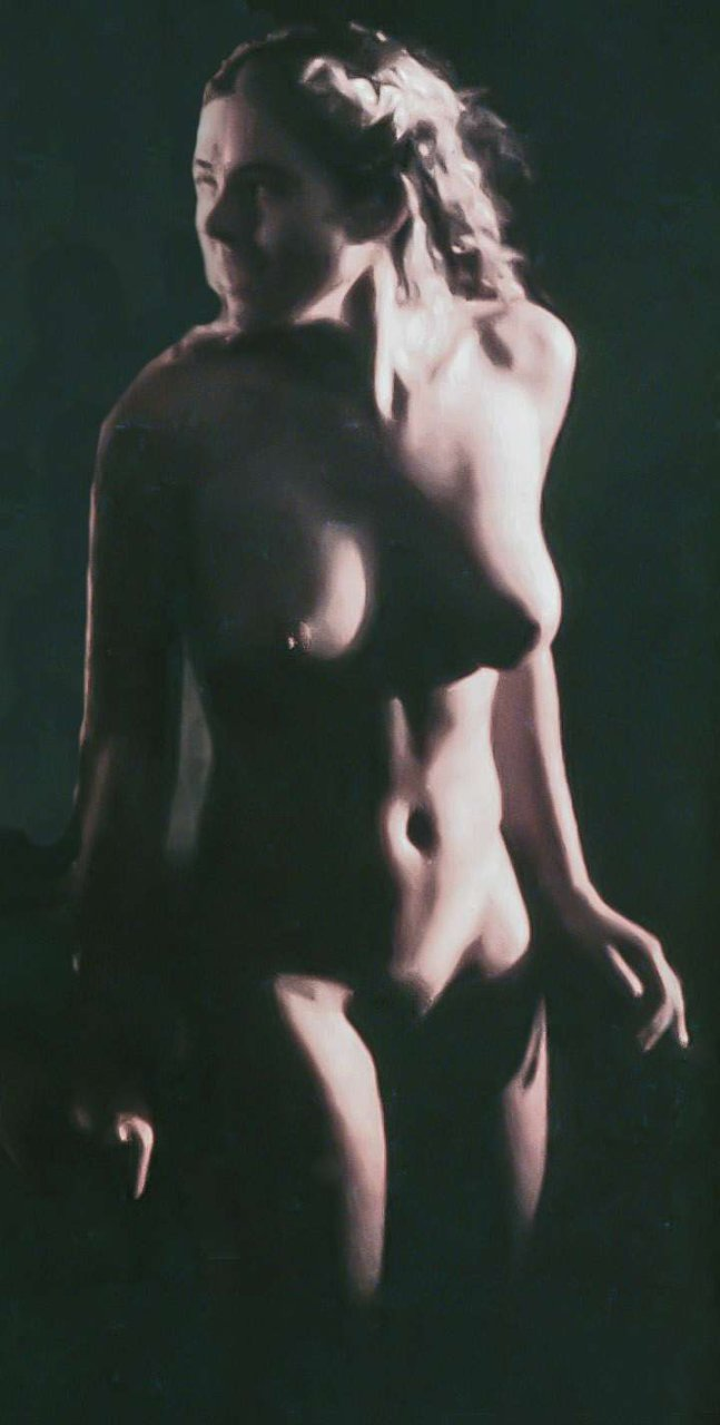 Nude Elizabeth Hurley