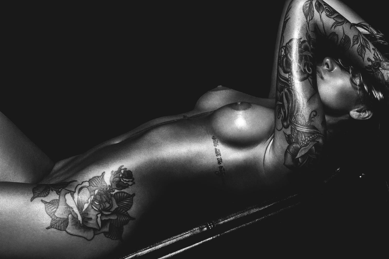Nude Pics Of Linnea Hart