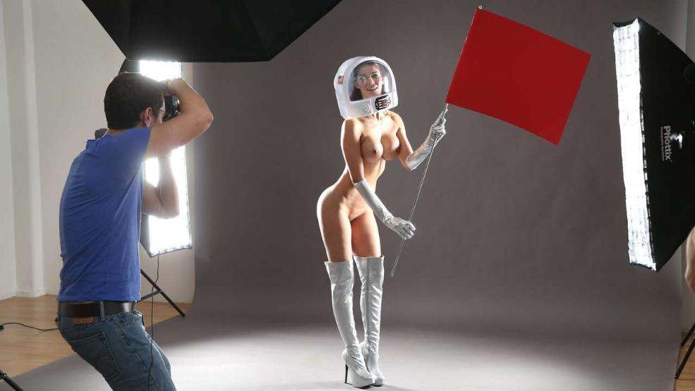 Nude Pics Of Micaela Sch�...