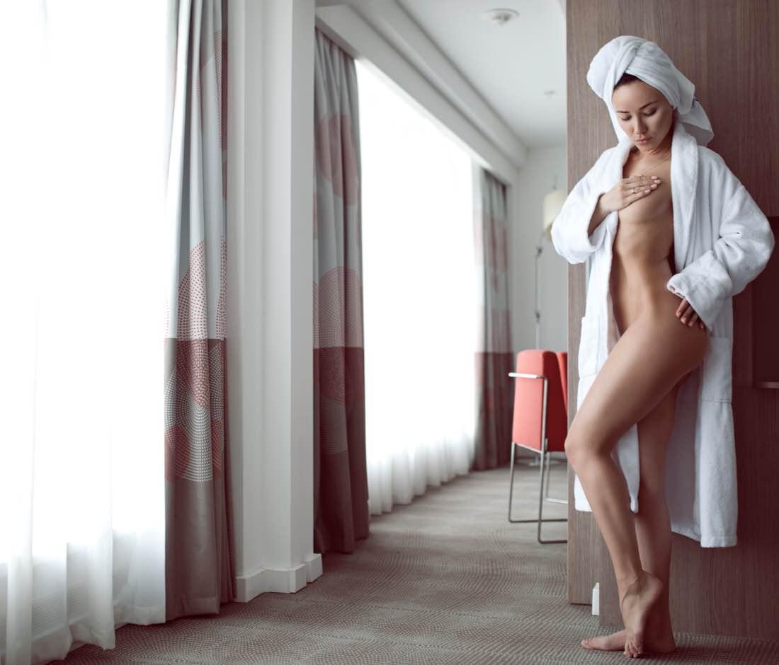 Nude Nina Serebrova Pics