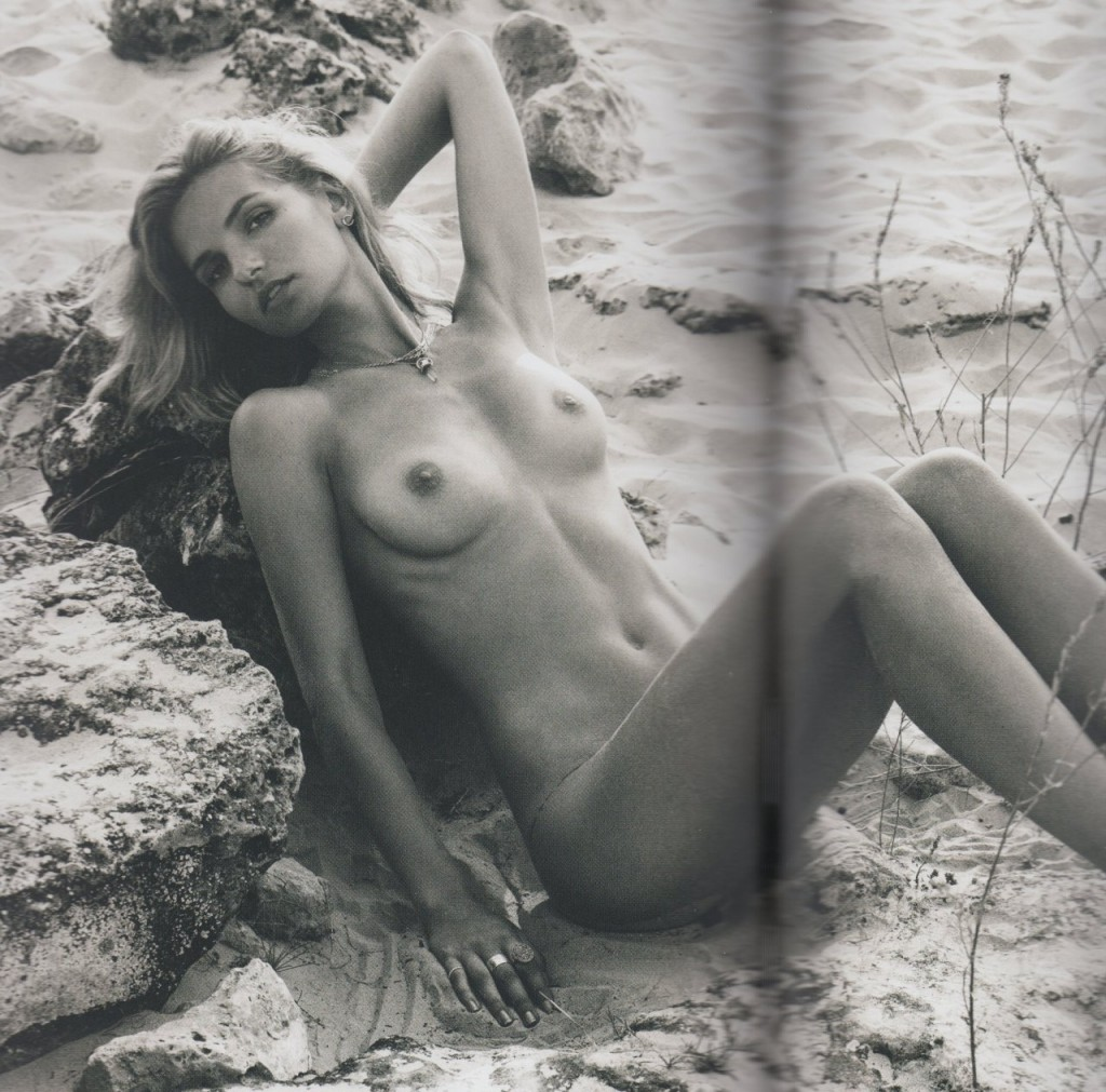 Nude Sofie Bording Photos