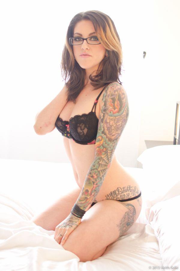 Nude Pics Of Olivia Black