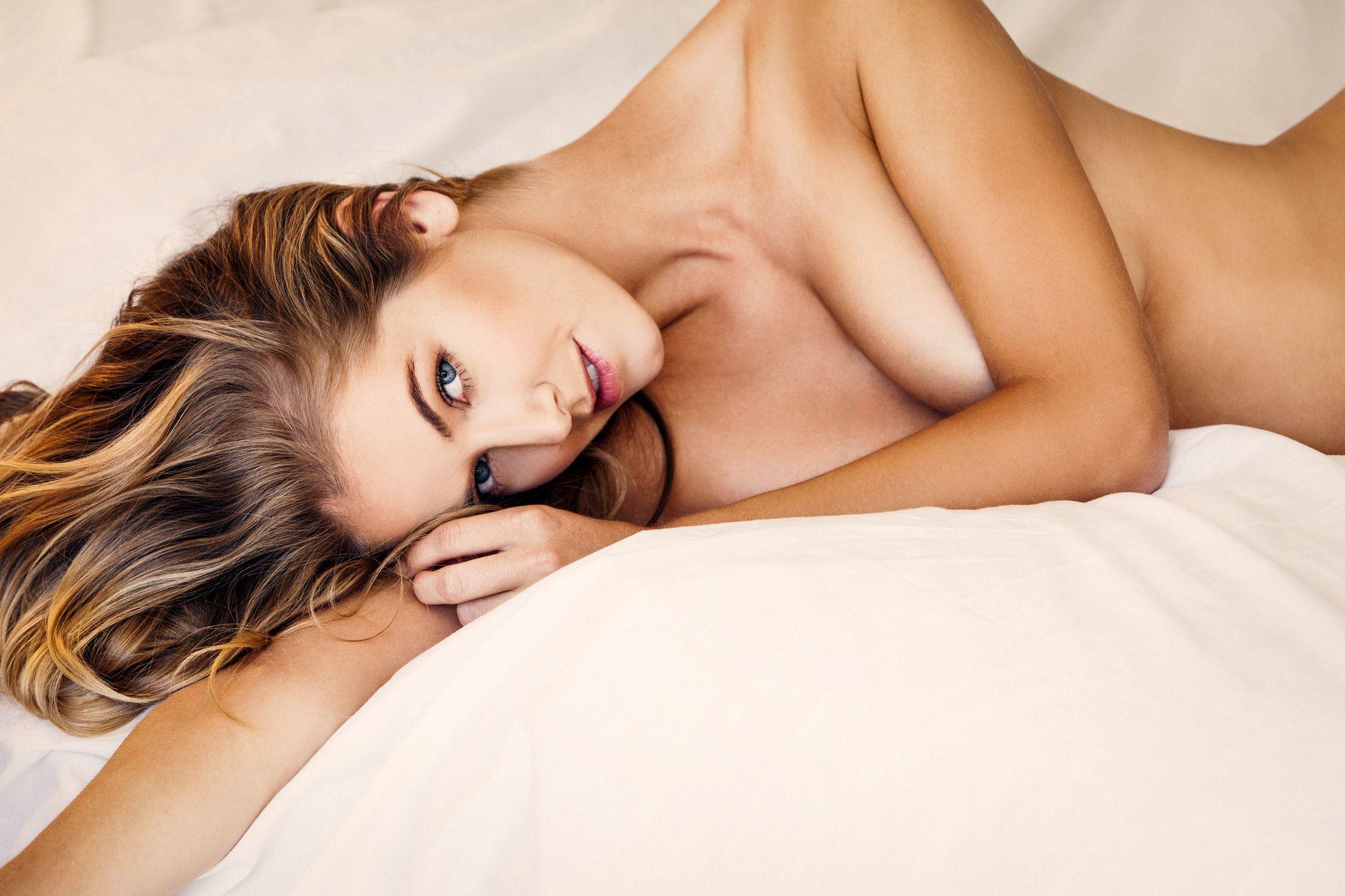 Olivia-Jordan-Topless-1