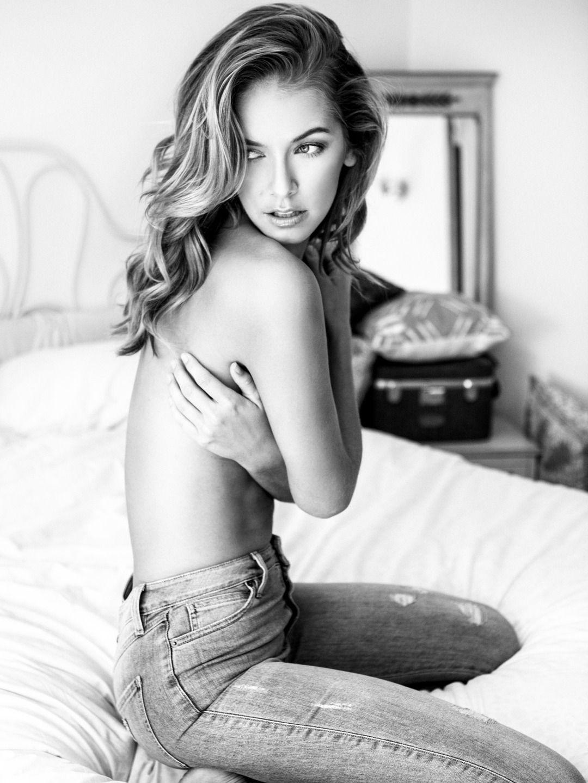 Olivia Jordan Topless Pho...