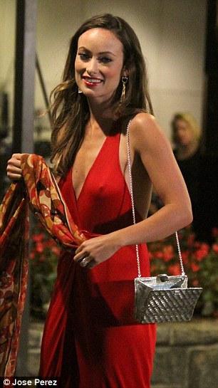 Olivia Wilde Braless (upd...