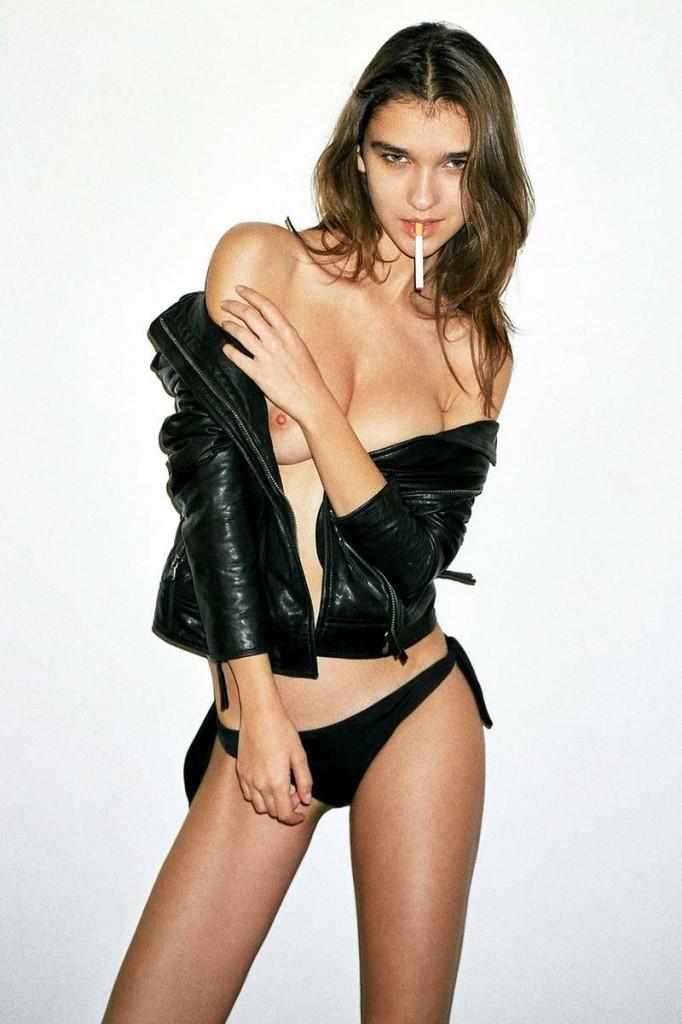 Paula Bulczynska Sexy Pho...