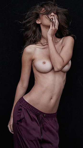 Topless Photos Of Paula B...