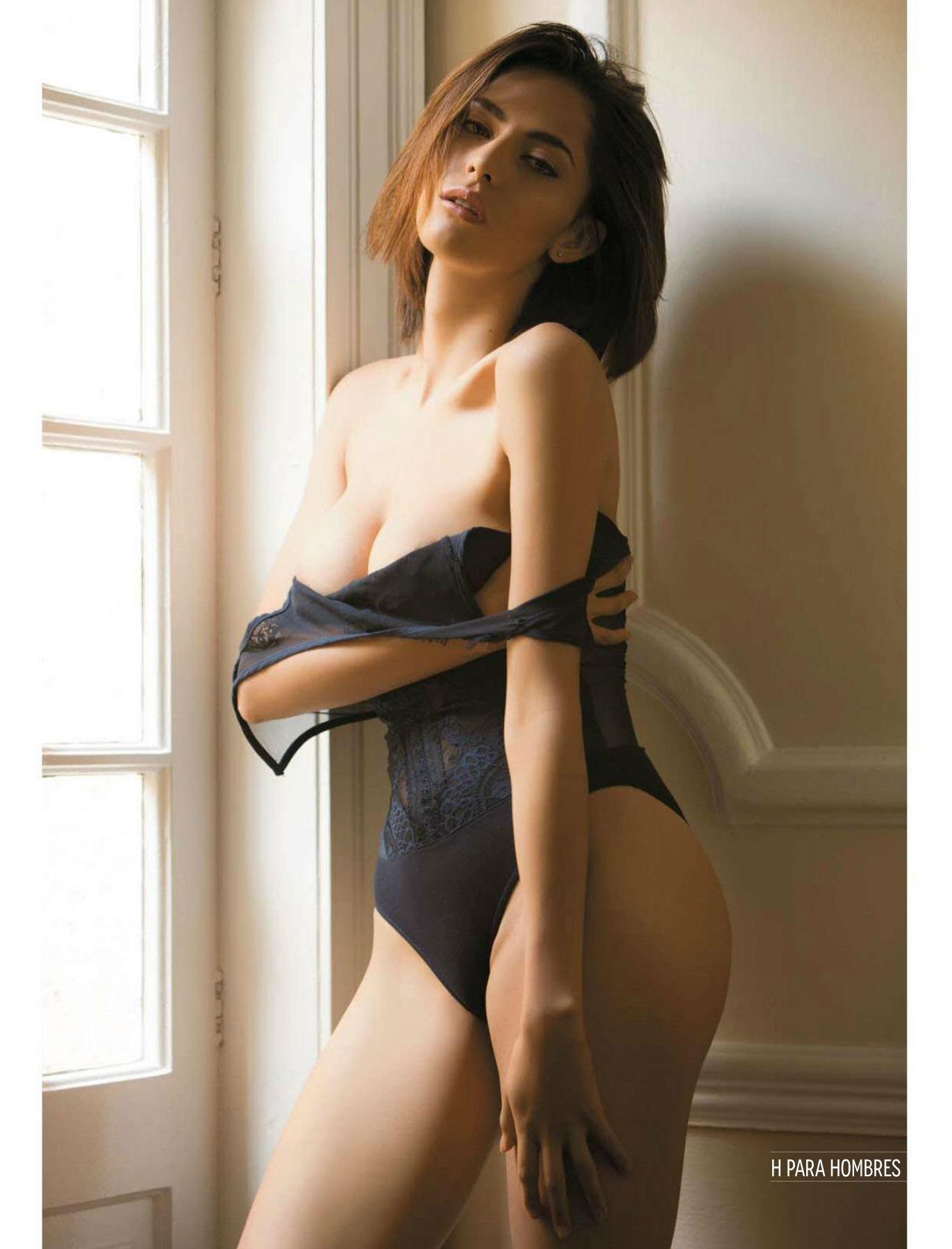 Paula Jimenez Sexy Linger...