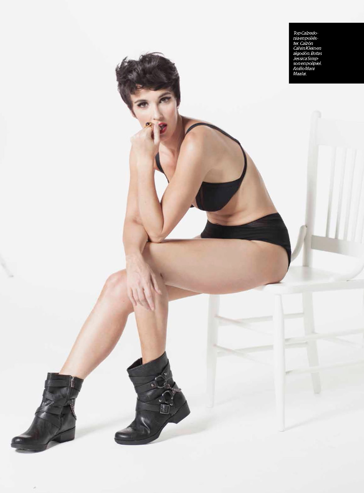 Paz Vega topless (covered) – Esquire Mexico – July 2015 (2)