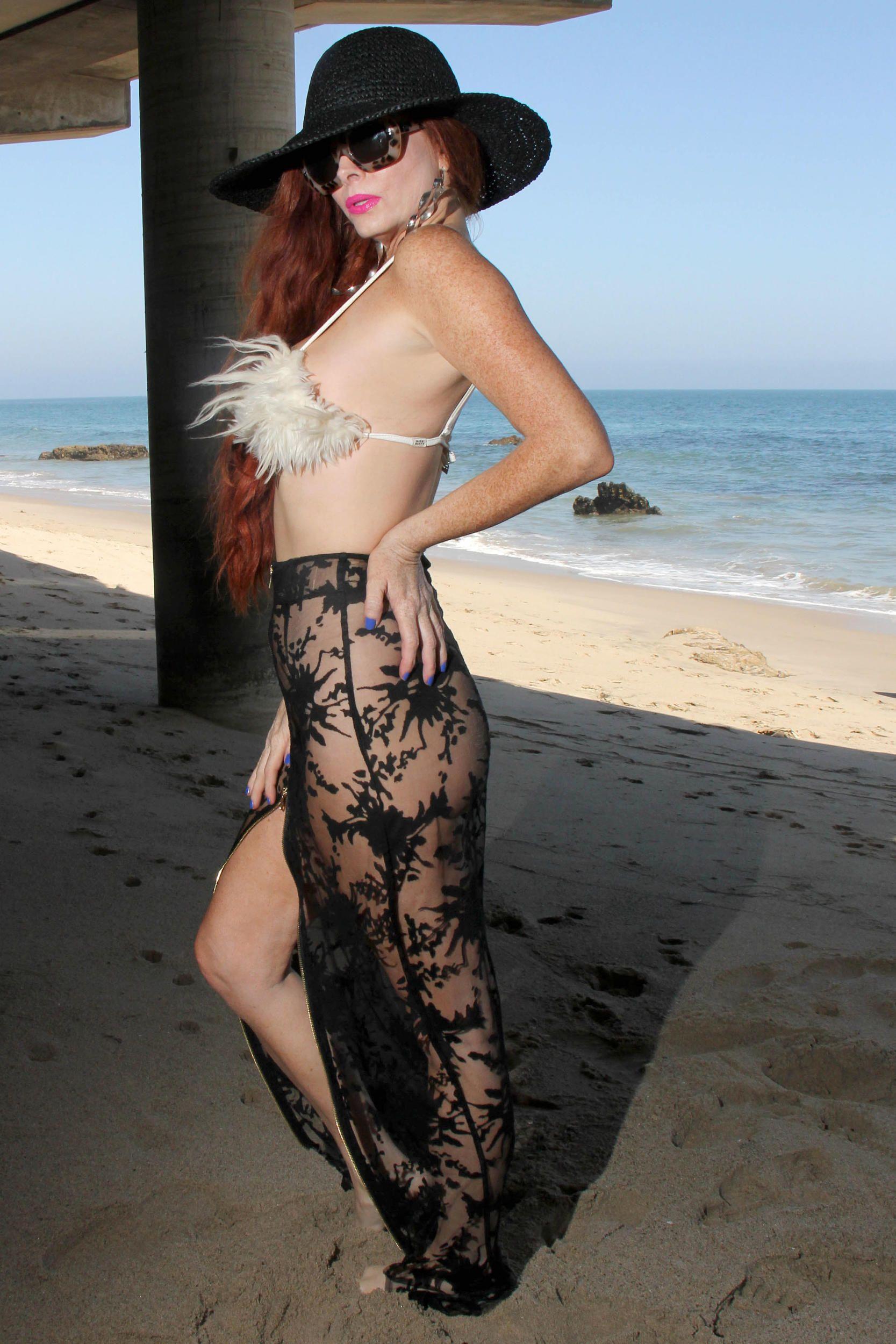 Phoebe Price Topless Phot...