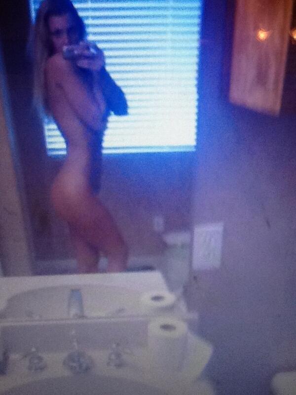 Rachel Snider Sexy Selfie...