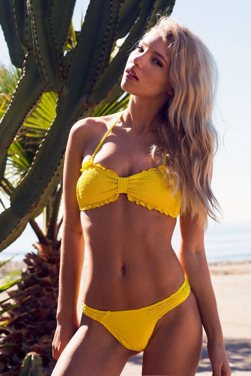 Rachel Yampolsky Topless