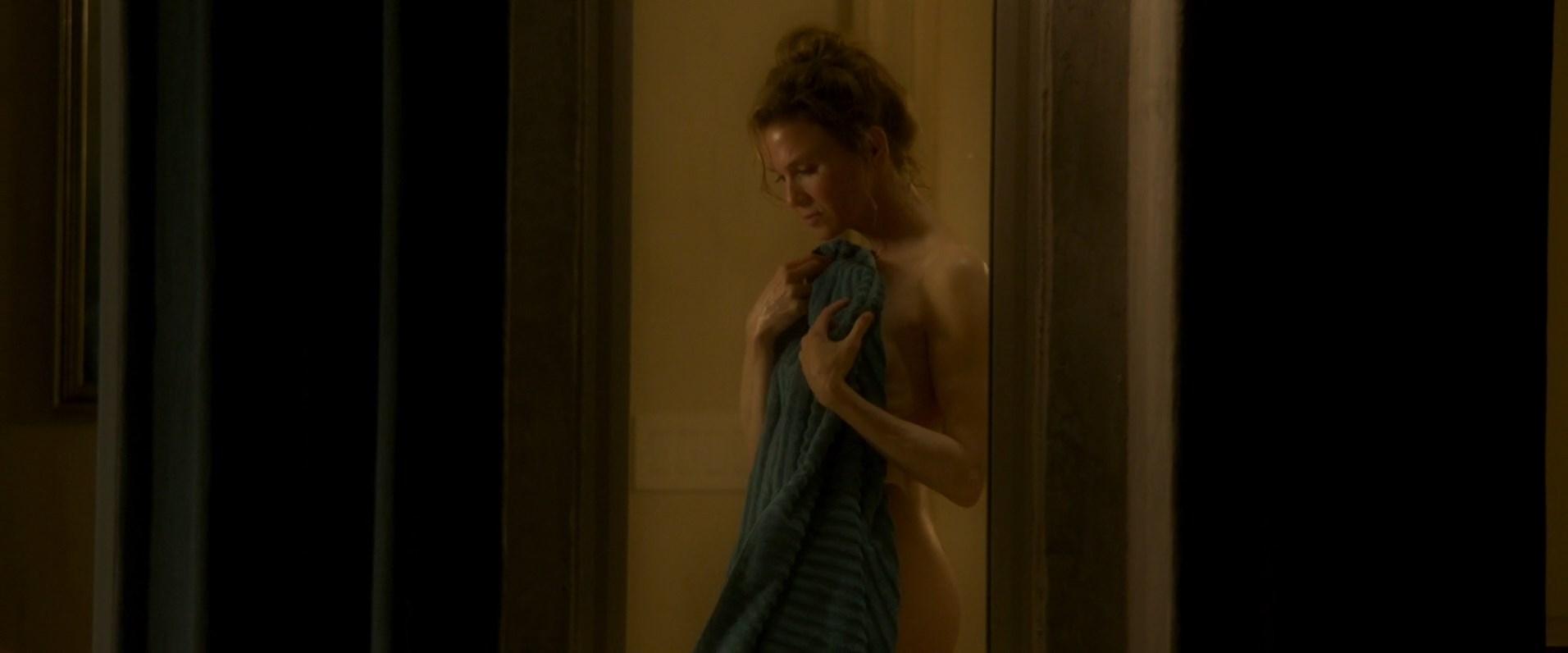 Nude Pics Of Renée Zellw...
