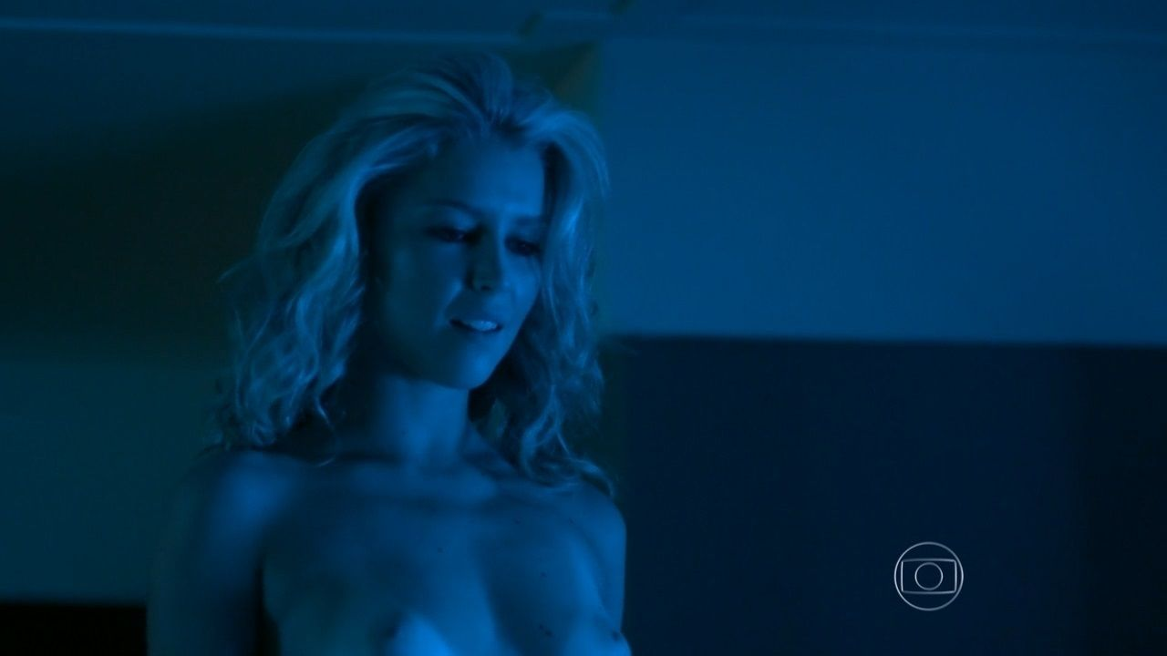 Rhaisa Batista Nude Pics