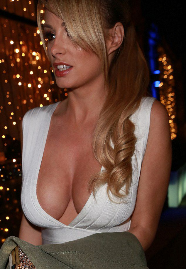 Cleavage Photos Of Rhian ...