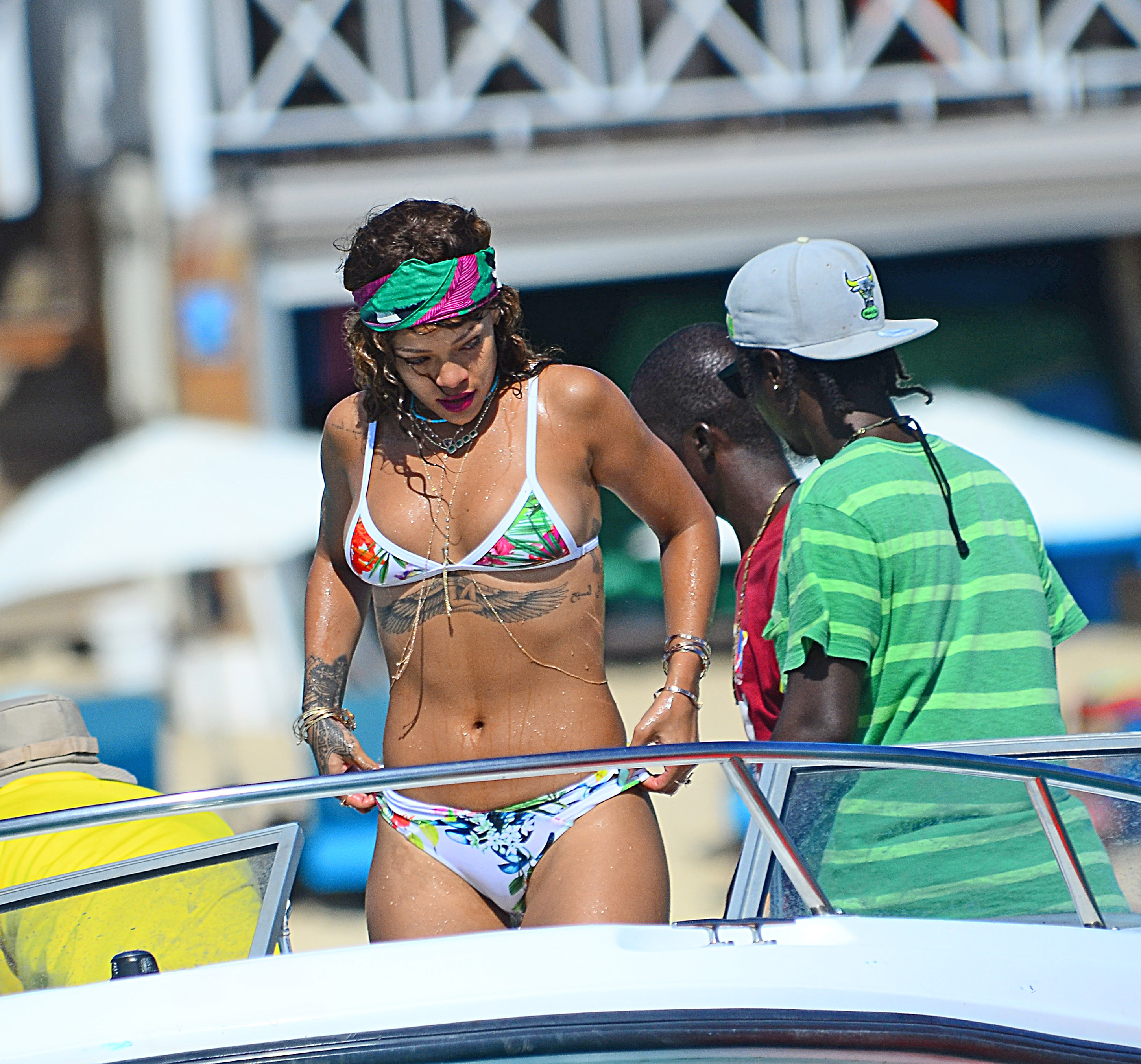 Rihanna New Bikini Photos