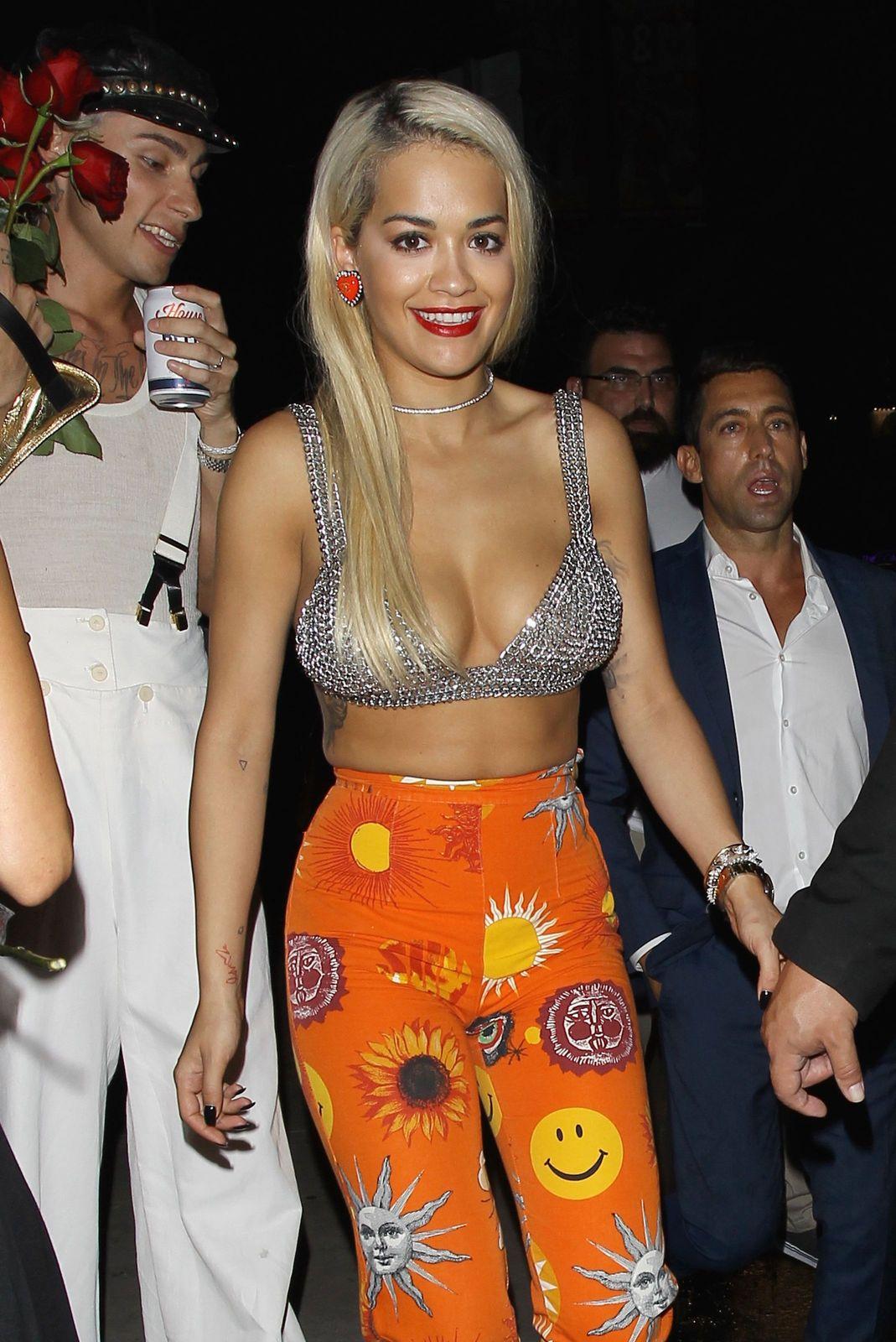 Rita Ora's Deep Cle...