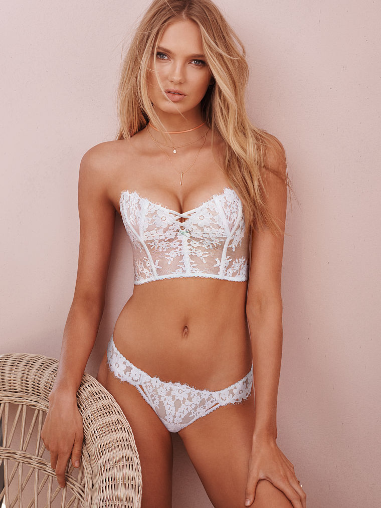 Hot Pics Of Romee Strijd