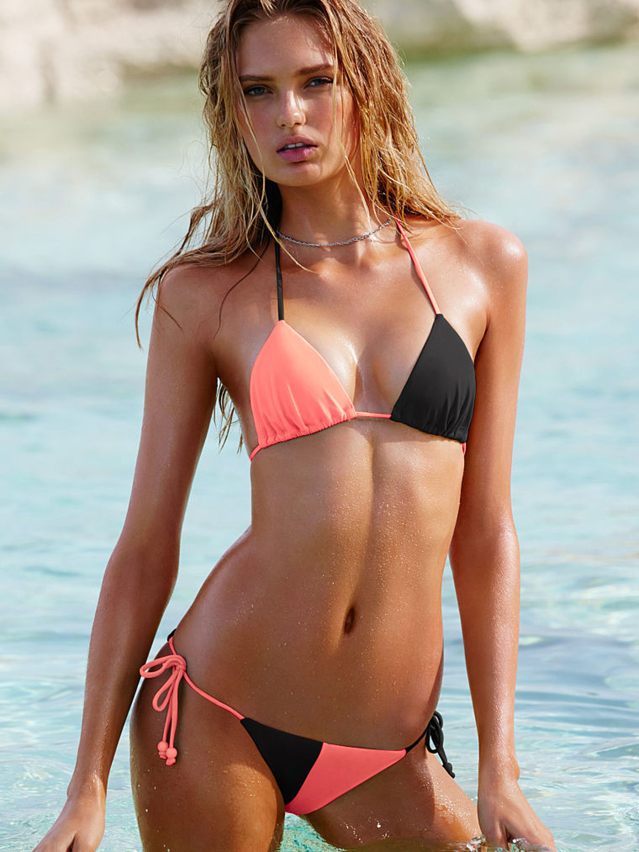 Romee Strijd Bikini Photo...