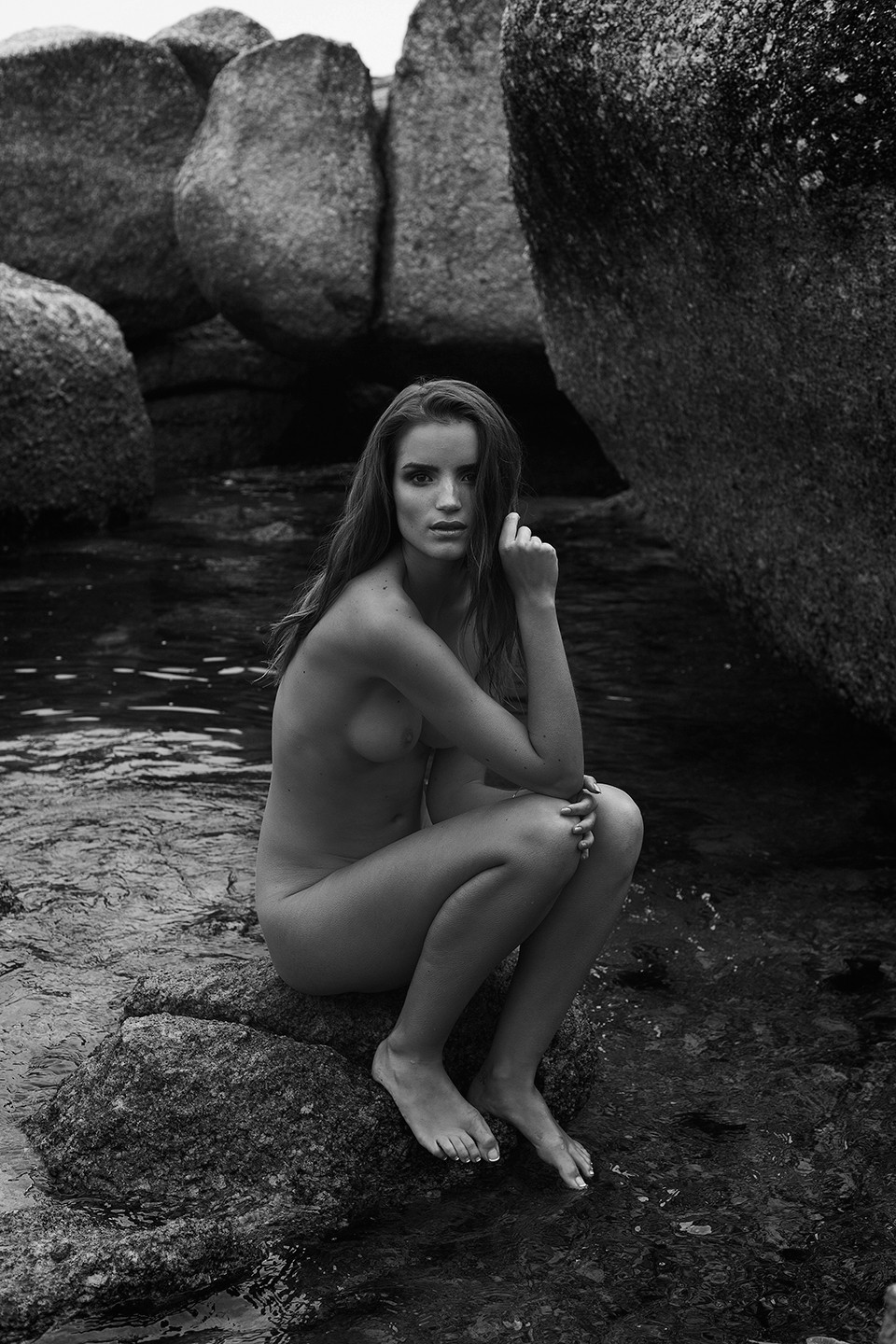 Roos Van Montfort Nude Ph...