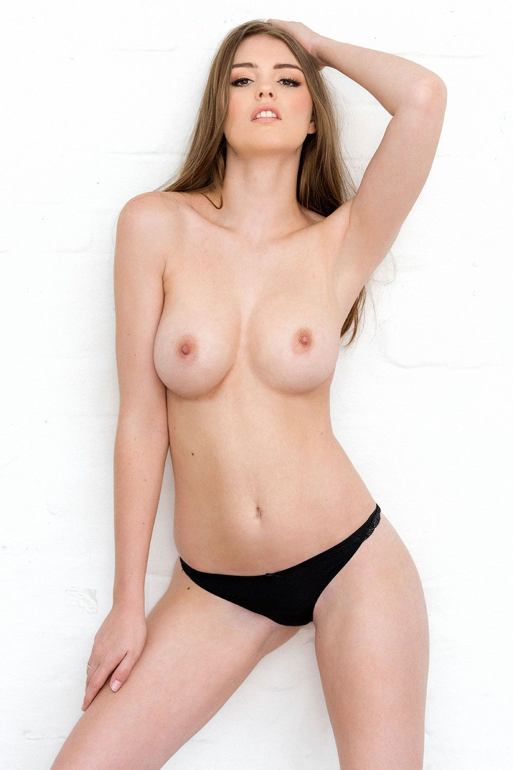 Topless Photos Of Rosie D...