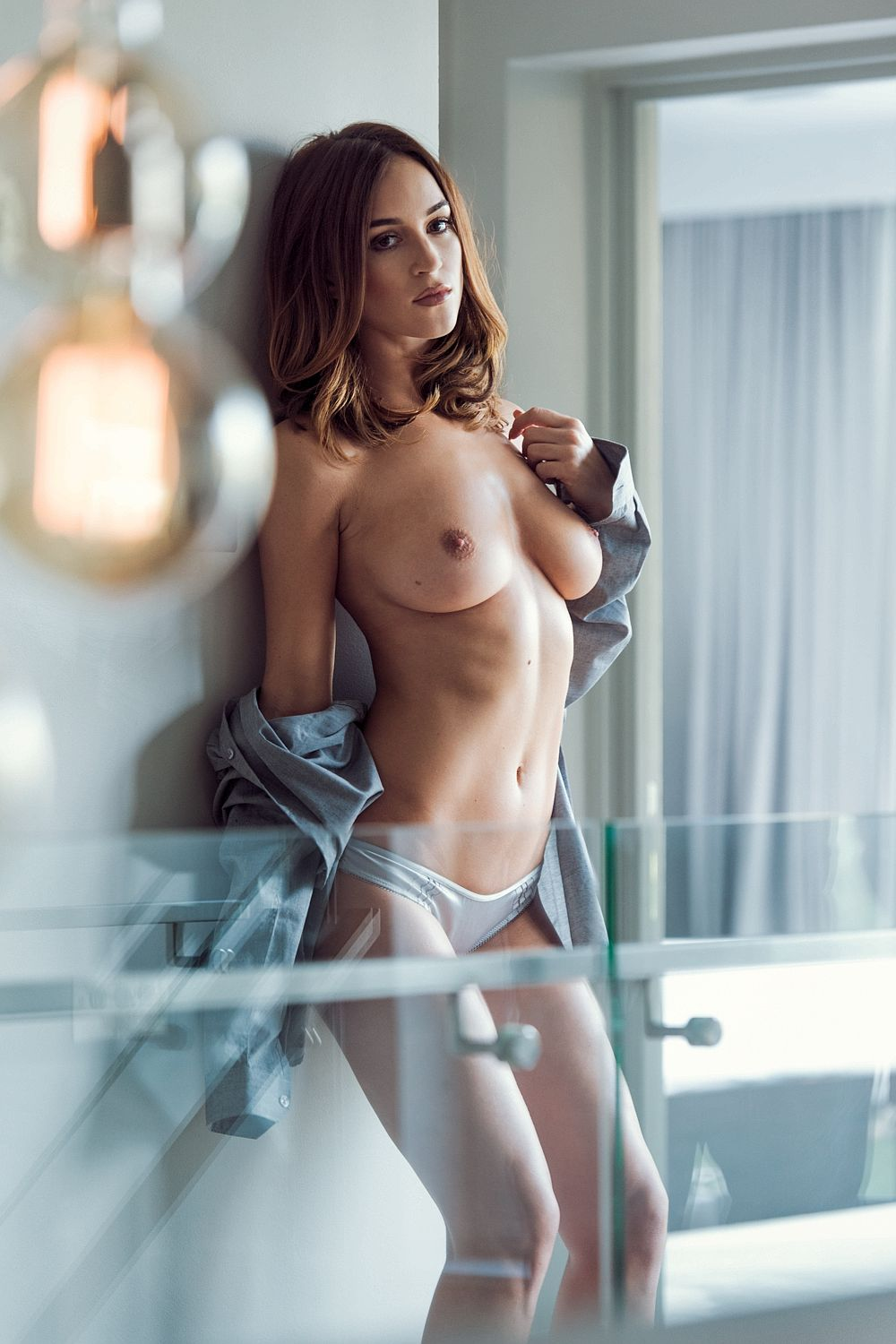 Rosie Jones Topless Photo...
