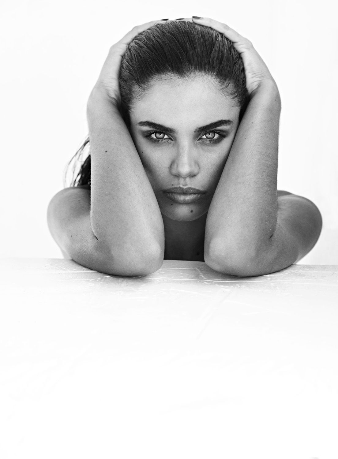 Sara Sampaio Nude Photos