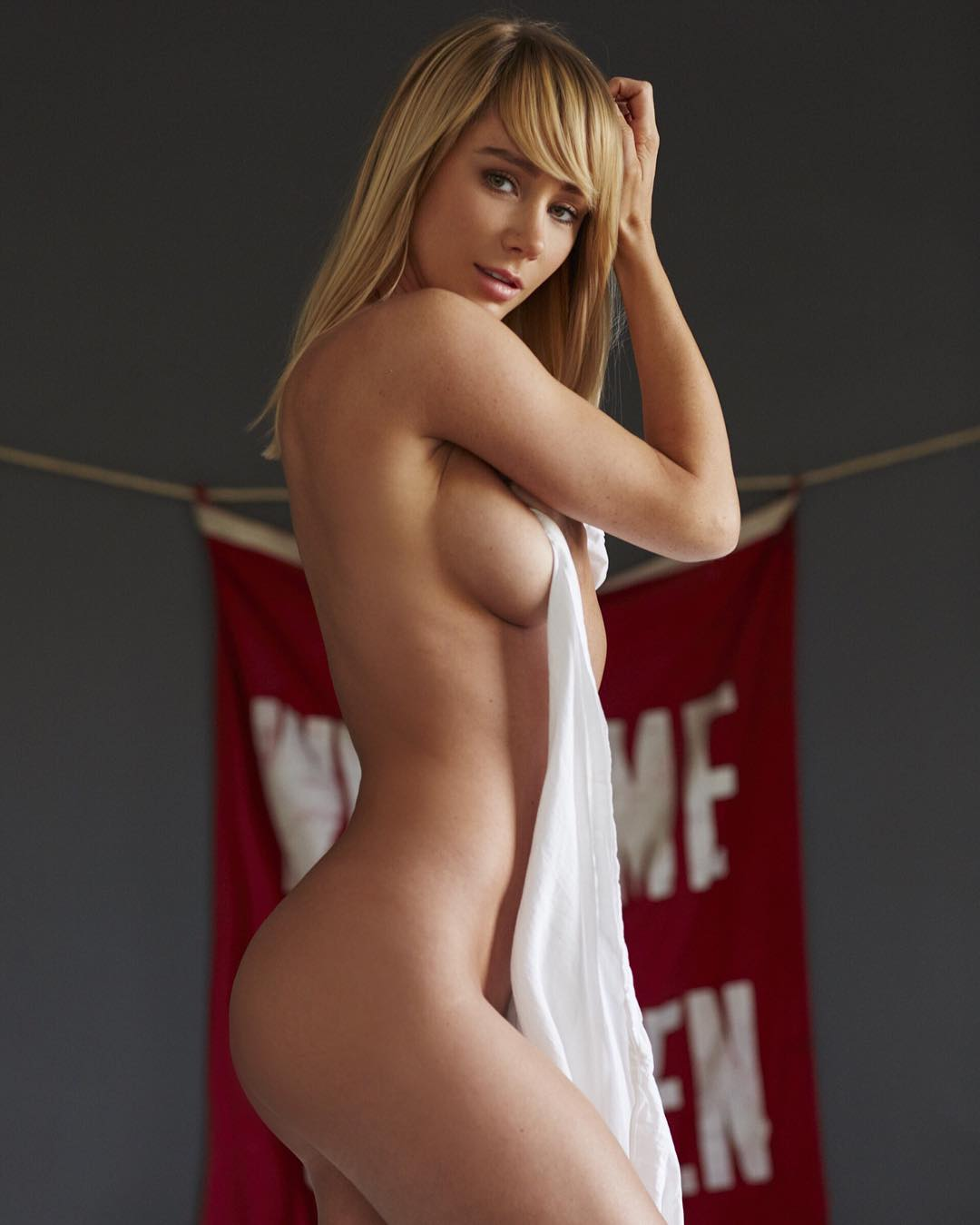 Sara Underwood Nude Photo...