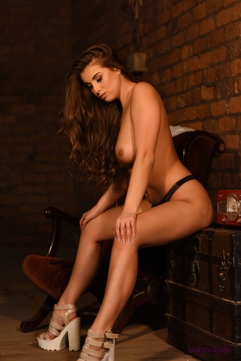 Sarah McDonald – Farm Girl (5)