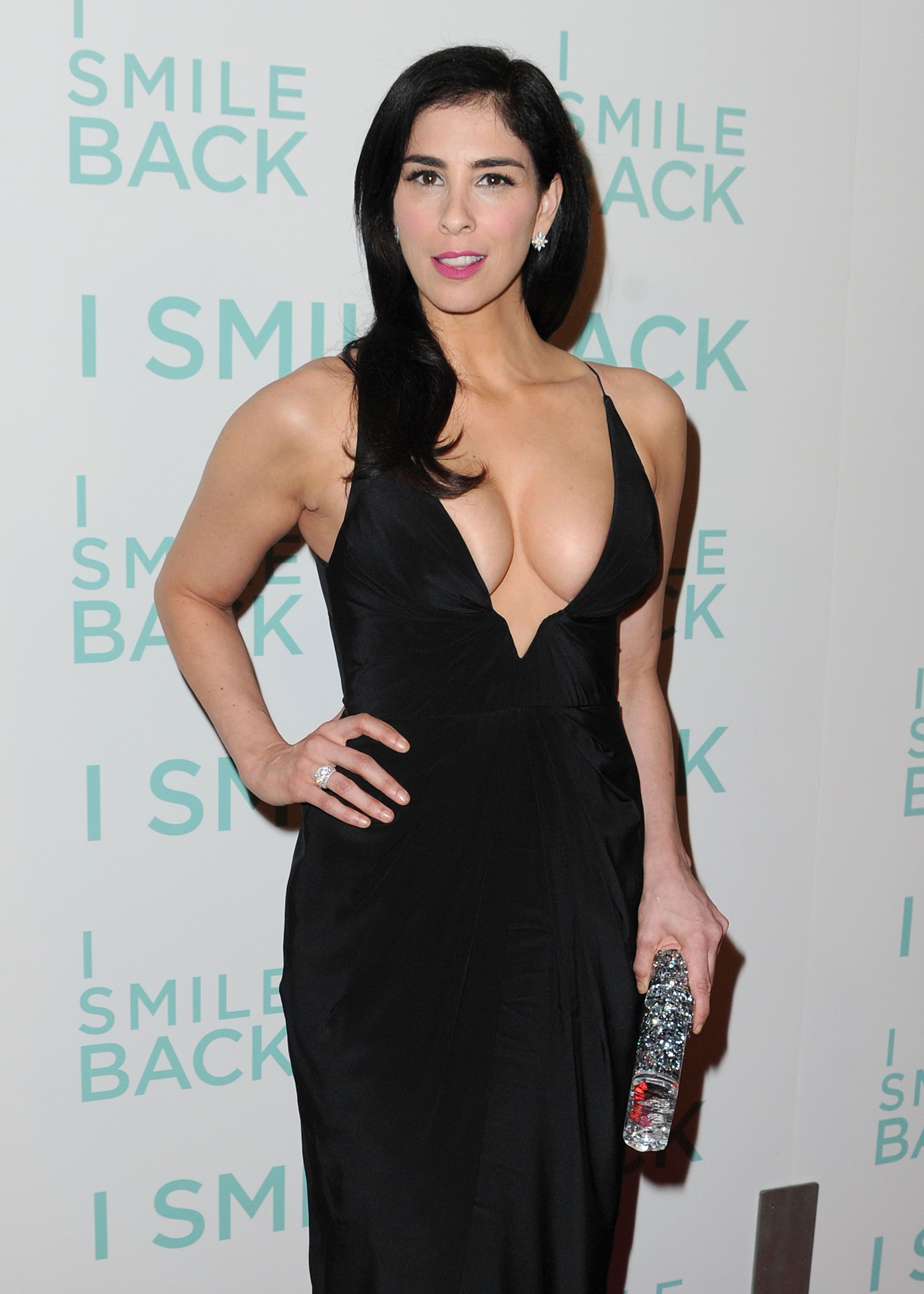 Sarah Silverman Cleavage ...