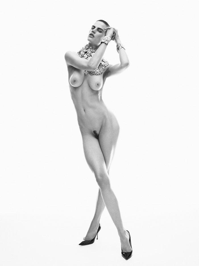 Saskia de Brauw nude photoshoot 1