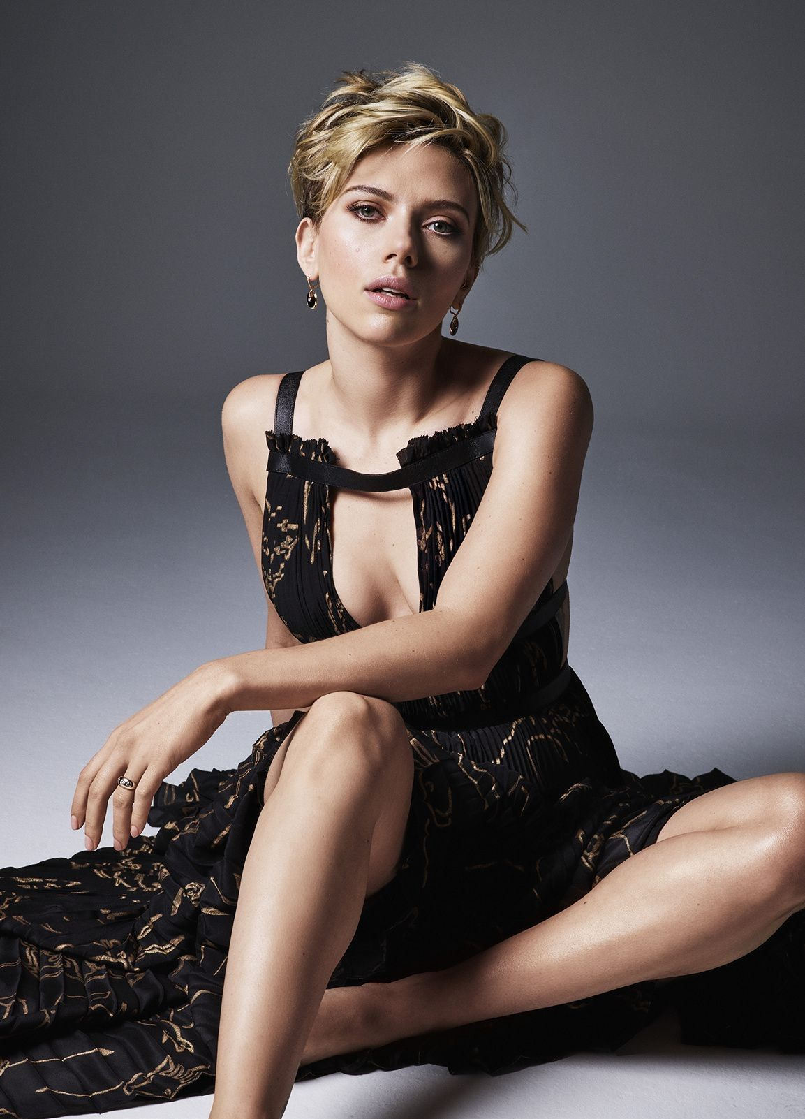 Sexy Photos Of Scarlett J...