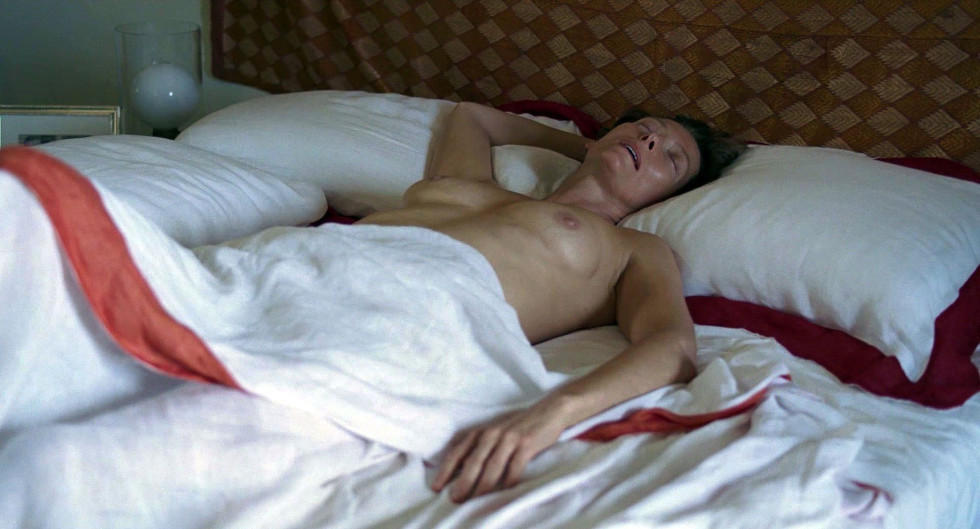 Tilda Swinton Nude Pics