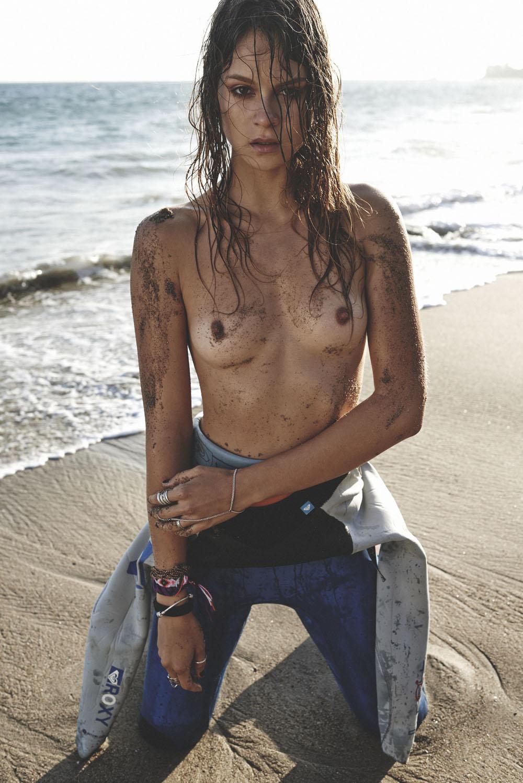 Topless Ana Cristina