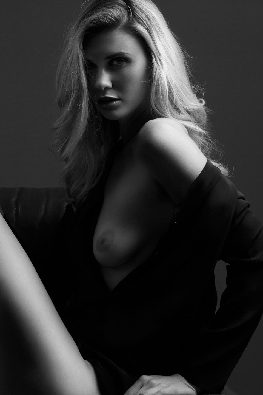 Topless Erin Tunney Pics 1