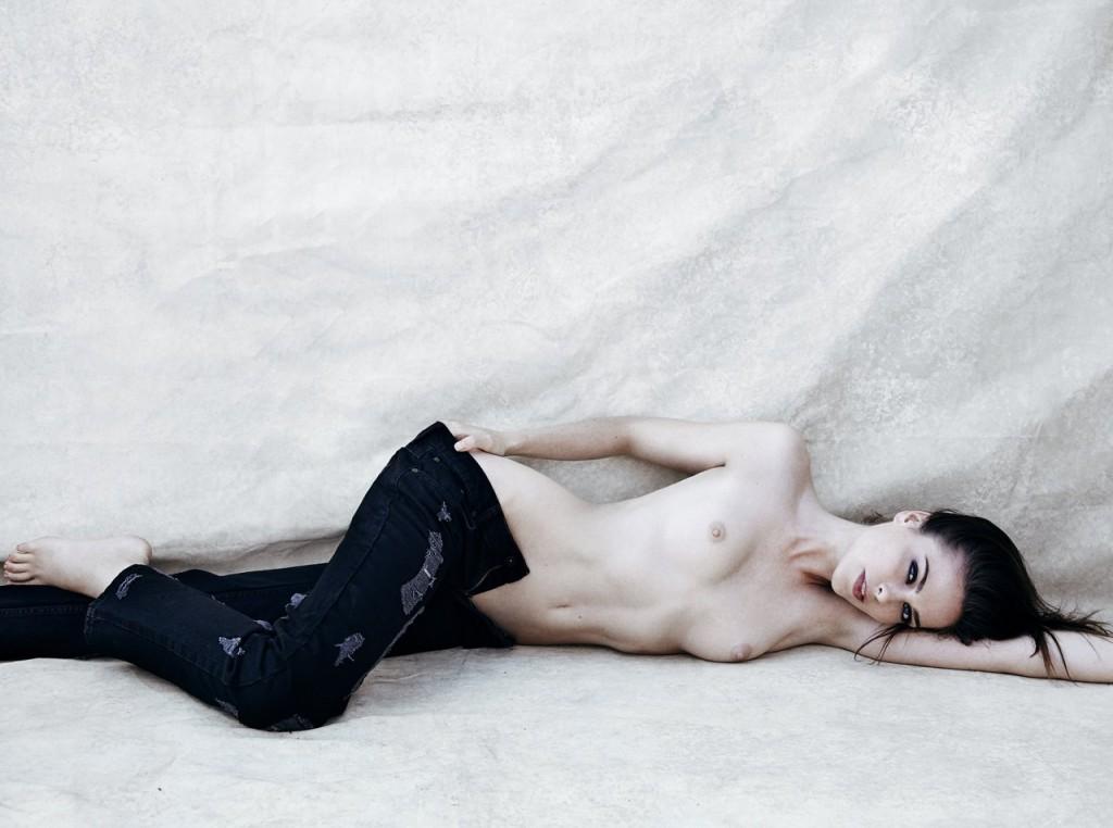 Topless Maxine Schiff