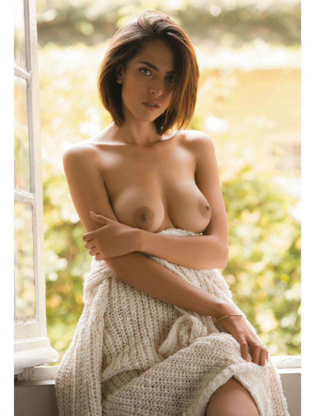 Topless Paula Jimenez