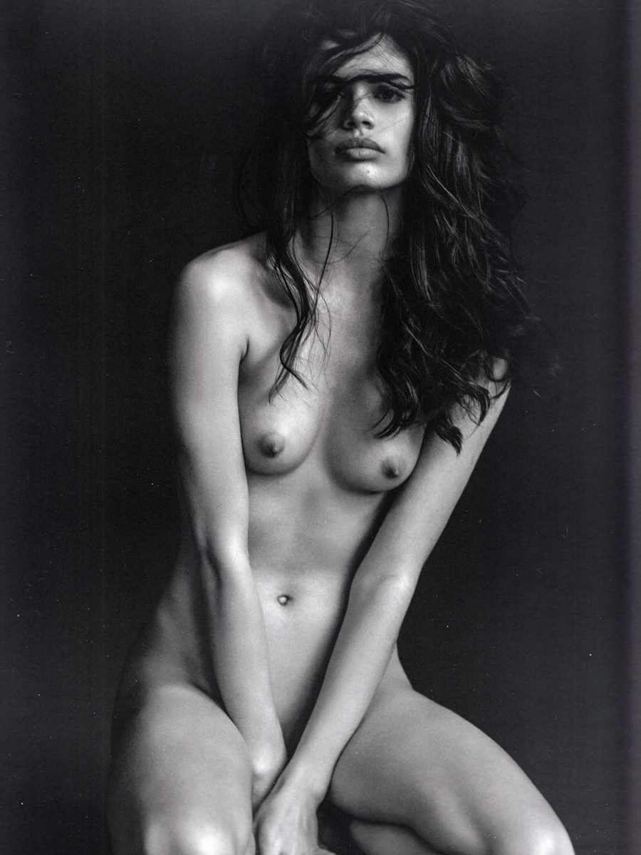 Topless Photoshoot of Sara Sampaio 1
