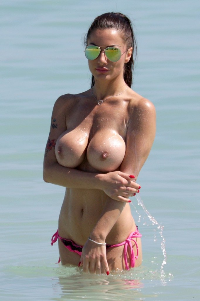 Topless Priscilla Salerno Photos 2