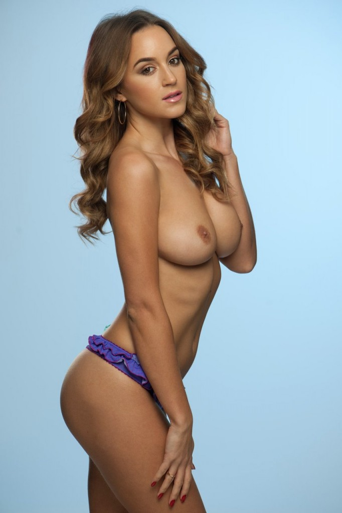 Topless Rosie Jones Photos 1