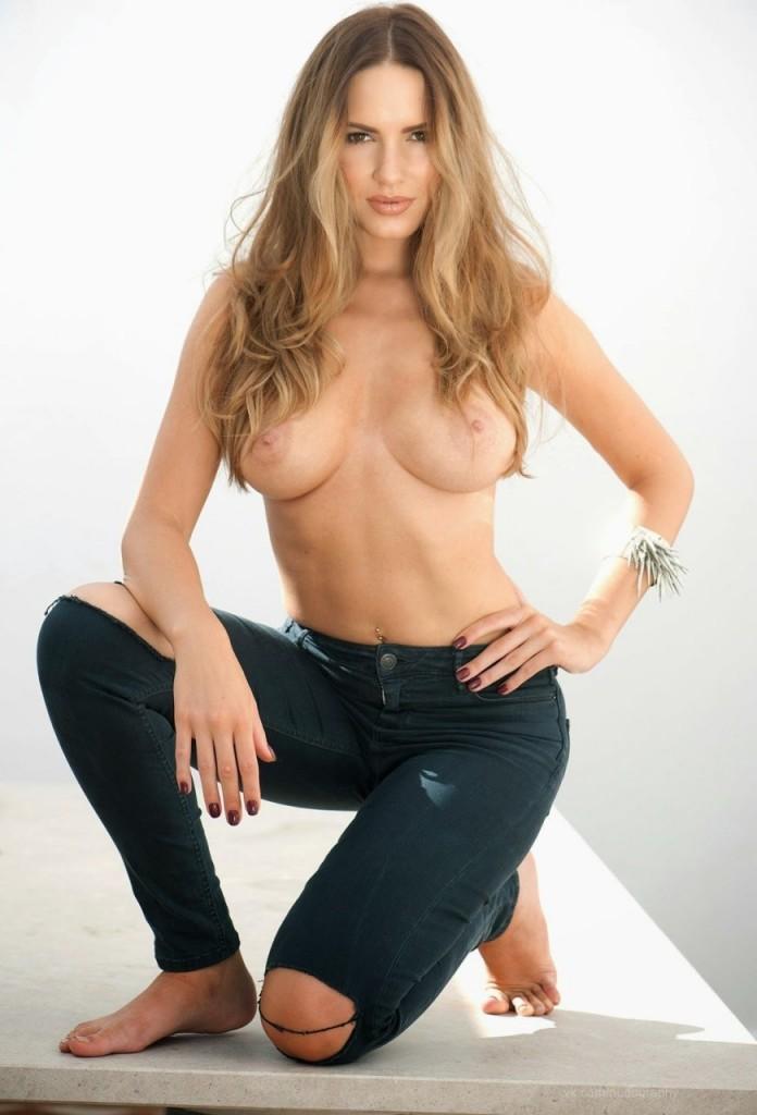 Topless Sabine Jemeljanova 1