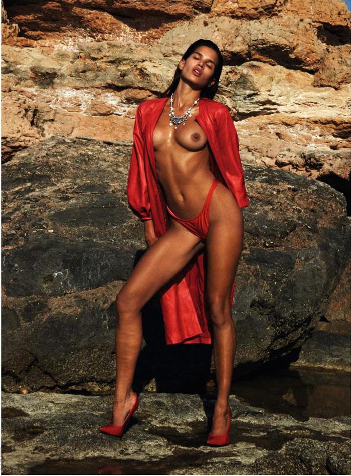 Topless Pics Of Raica Oli...
