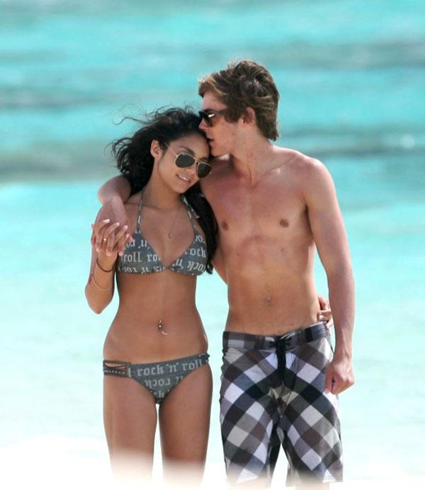 Vanessa Hudgens Bikini Pi...