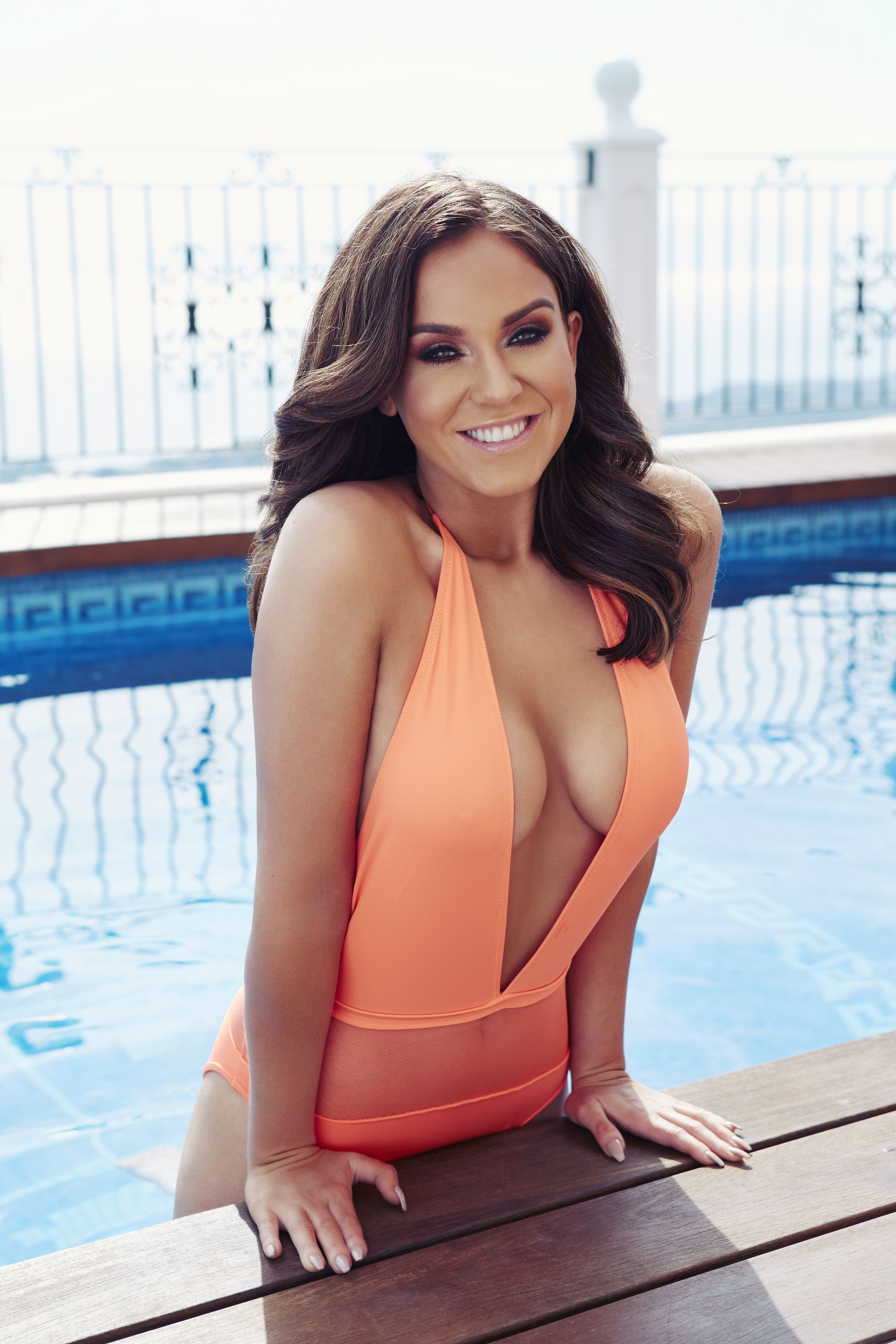 Vicky Pattison Sexy Photo...
